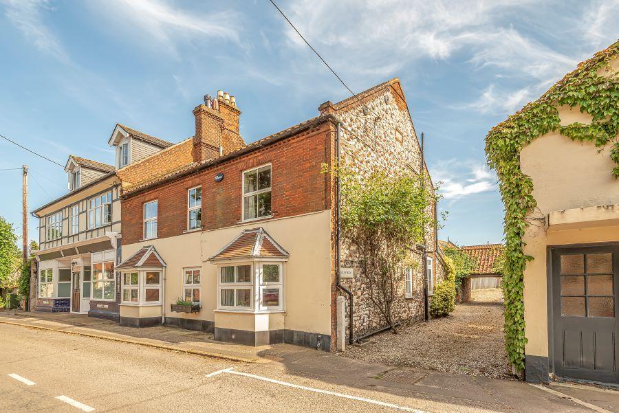 Duffields House | Approach