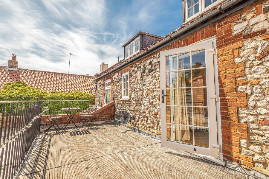Duffields House | First floor decking