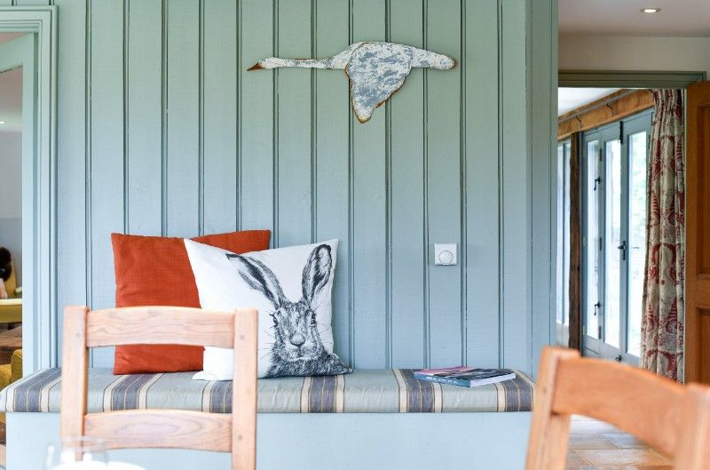 The Paddock, 2 Bedrooms | Bench seat
