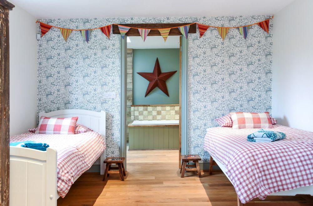 The Paddock, 2 Bedrooms | Children