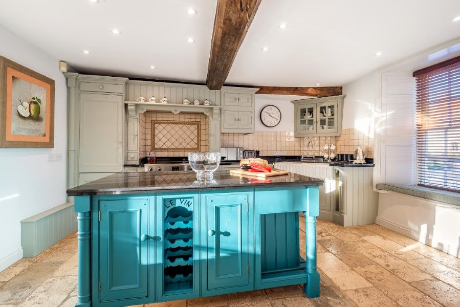 The House on the Green | Kitchen island