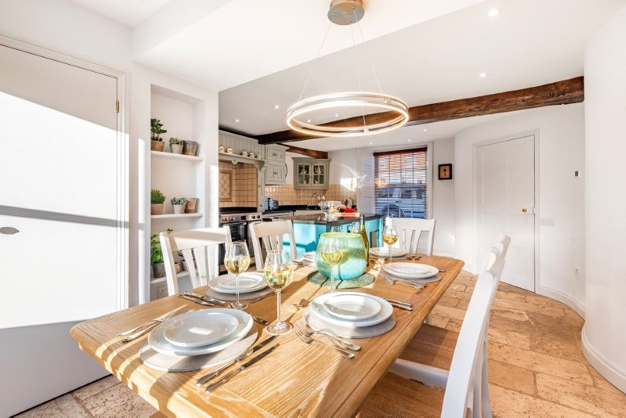 The House on the Green | Dining table