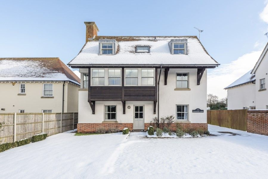 Commodores House 5 bedrooms | In the snow