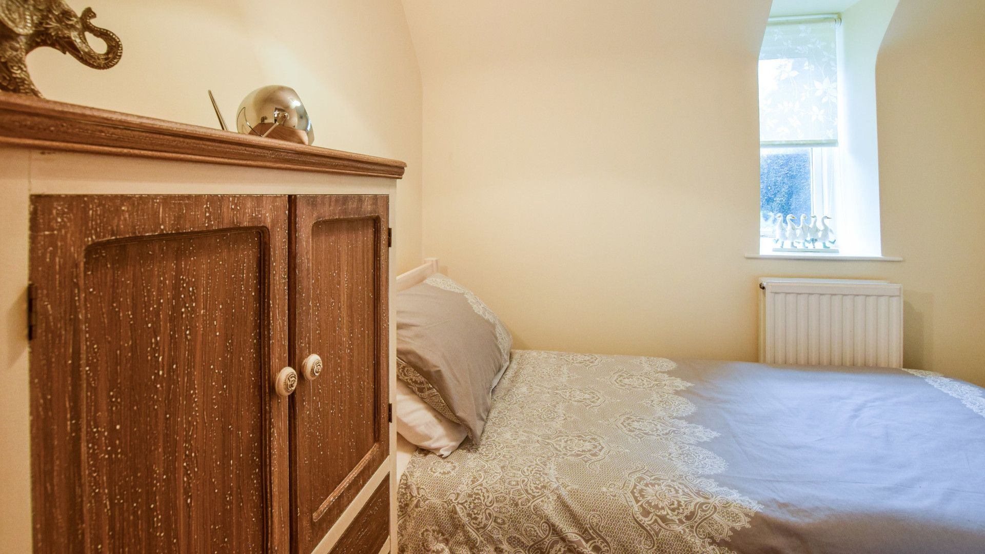Bedroom 3, Single,  2 The Old Stables Bolthole Retreats