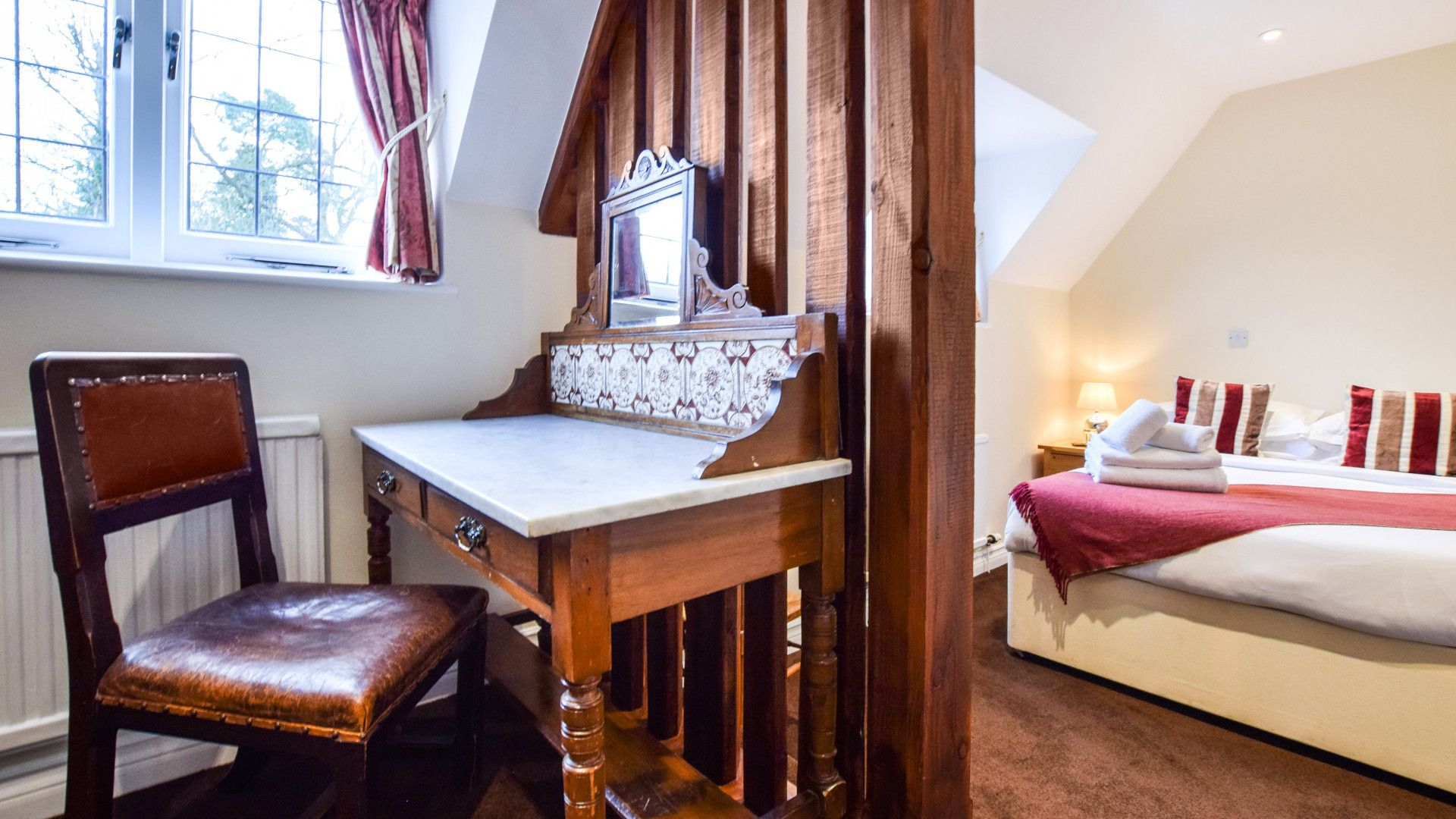 Bedroom 1, Anne Boleyn Cottage at Sudeley Castle, Bolthole Retreats