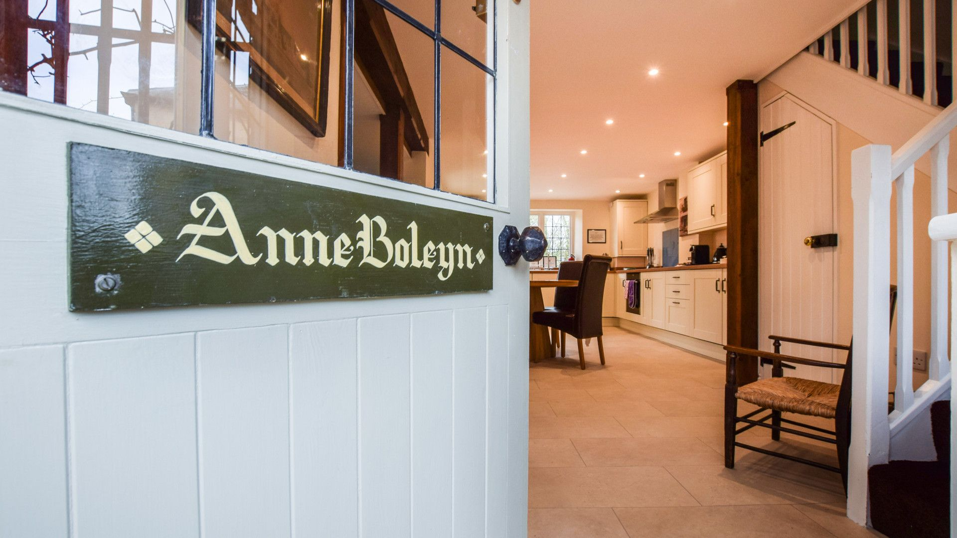 Front Entrance, Anne Boleyn Cottage at Sudeley Castle, Bolthole Retreats