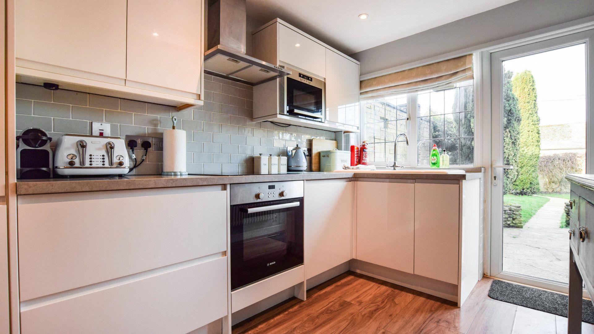 Kitchen, Appletree Cottage, Bolthole Retreats