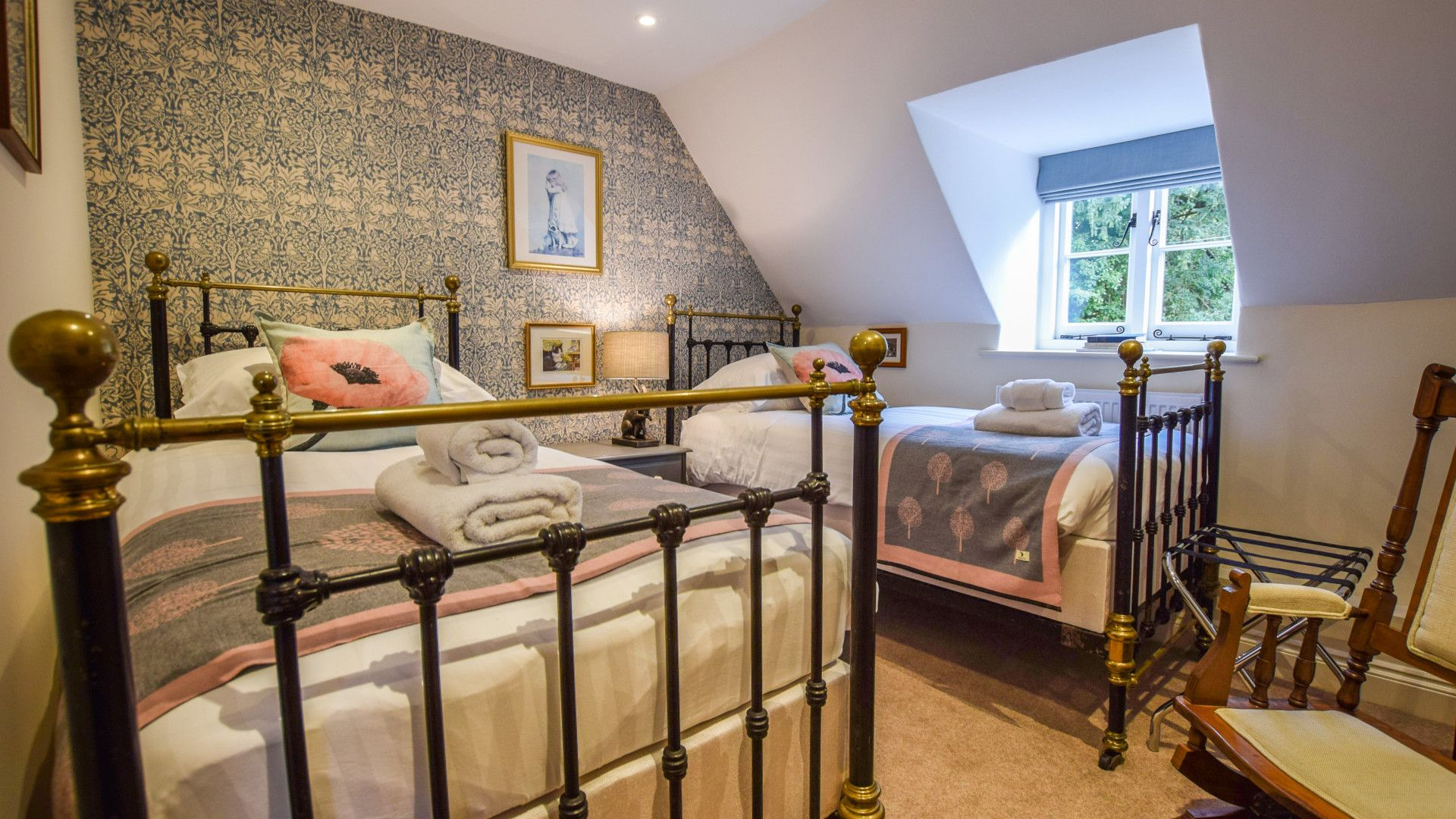 Bedroom 4, twin, Archers at Sudeley Castle, Bolthole Retreats