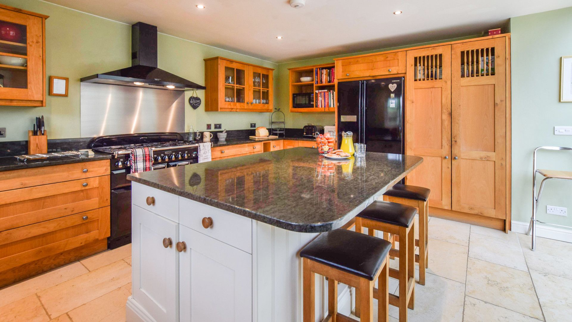 Kitchen with central island, Barebones Farm, Bolthole Retreats