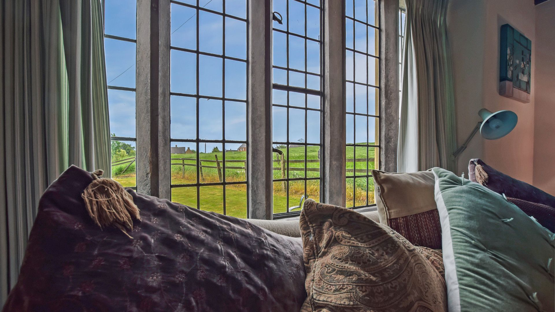 Living room window, Barndown, Bolthole Retreats