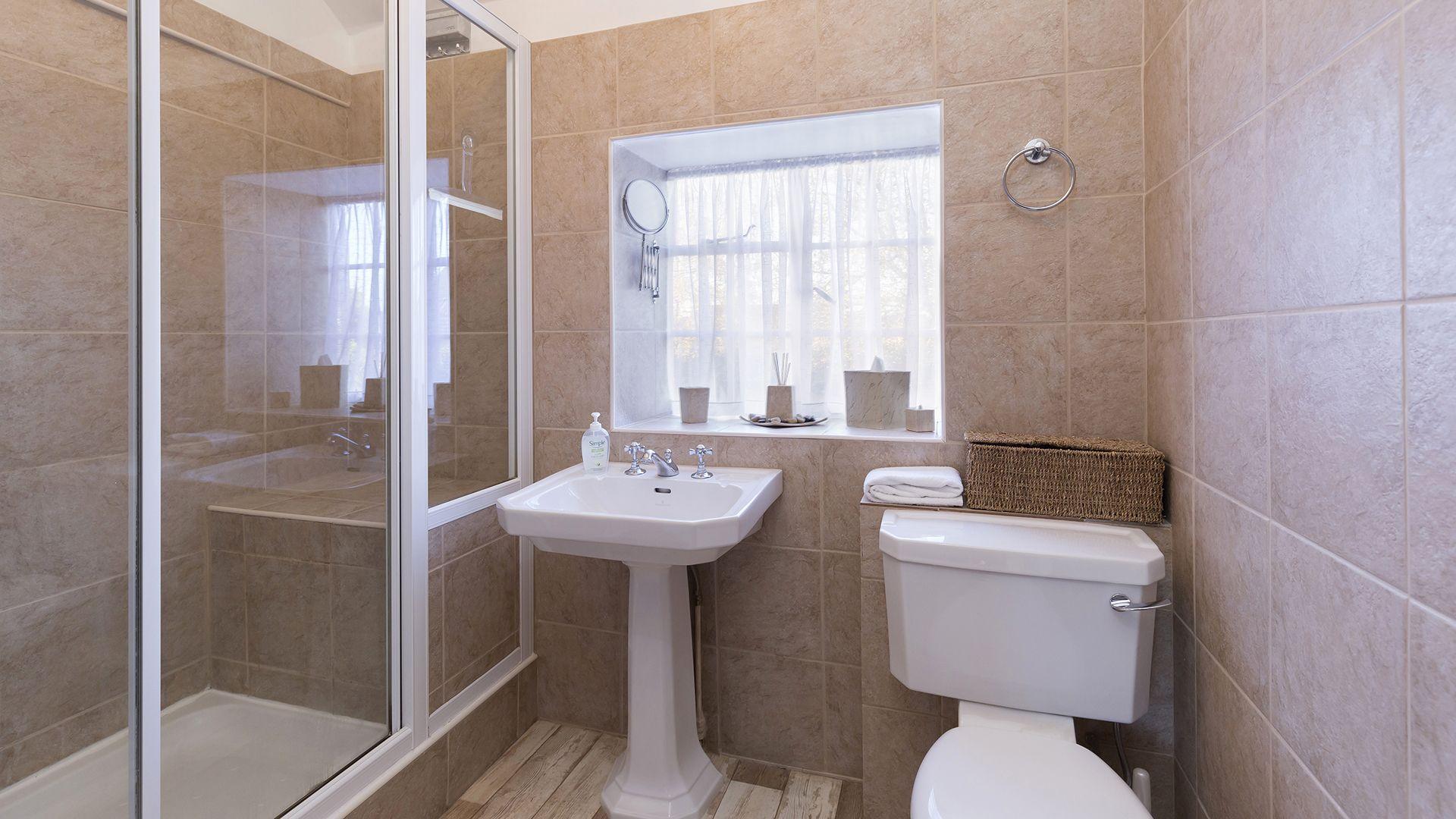 Shower Room, Box Cottage, Bolthole Retreats