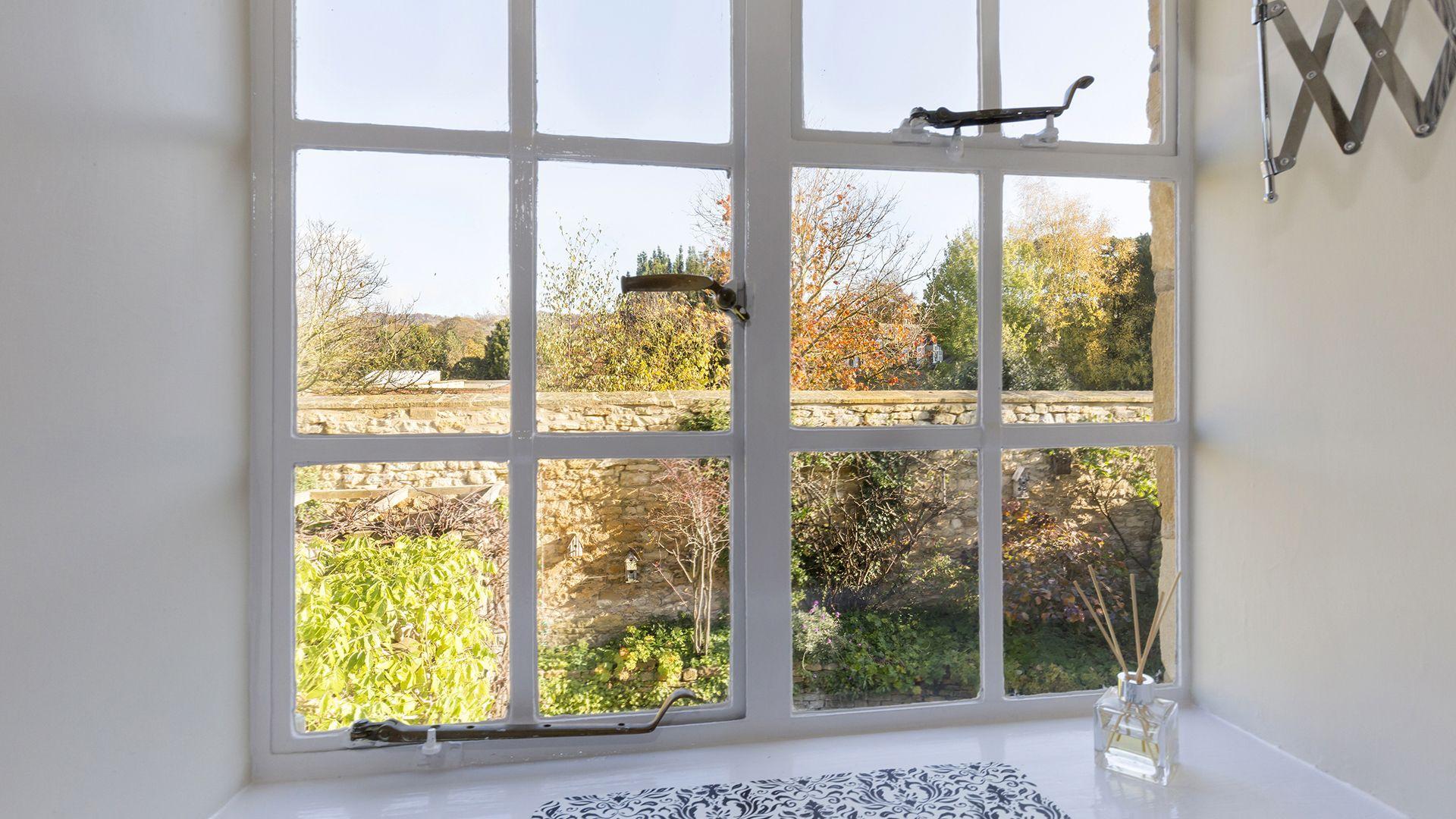 View over garden, Box Cottage, Bolthole Retreats