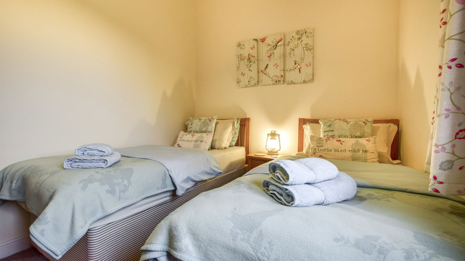 Bedroom 2, Combine Shed, Bolthole Retreats