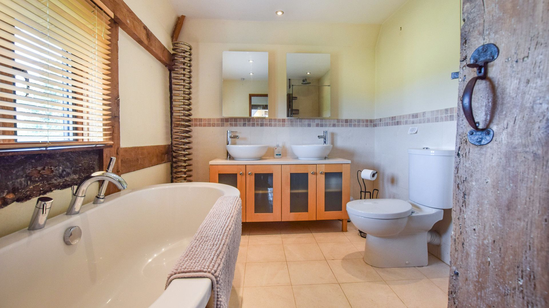 Family bathroom, Cyder Press House, Bolthole Retreats