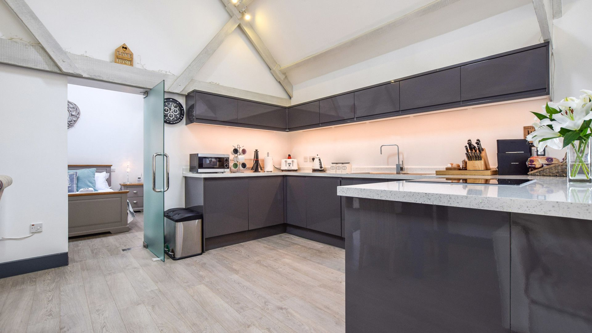 Kitchen, Dovecote at Avon Farm, Bolthole Retreats