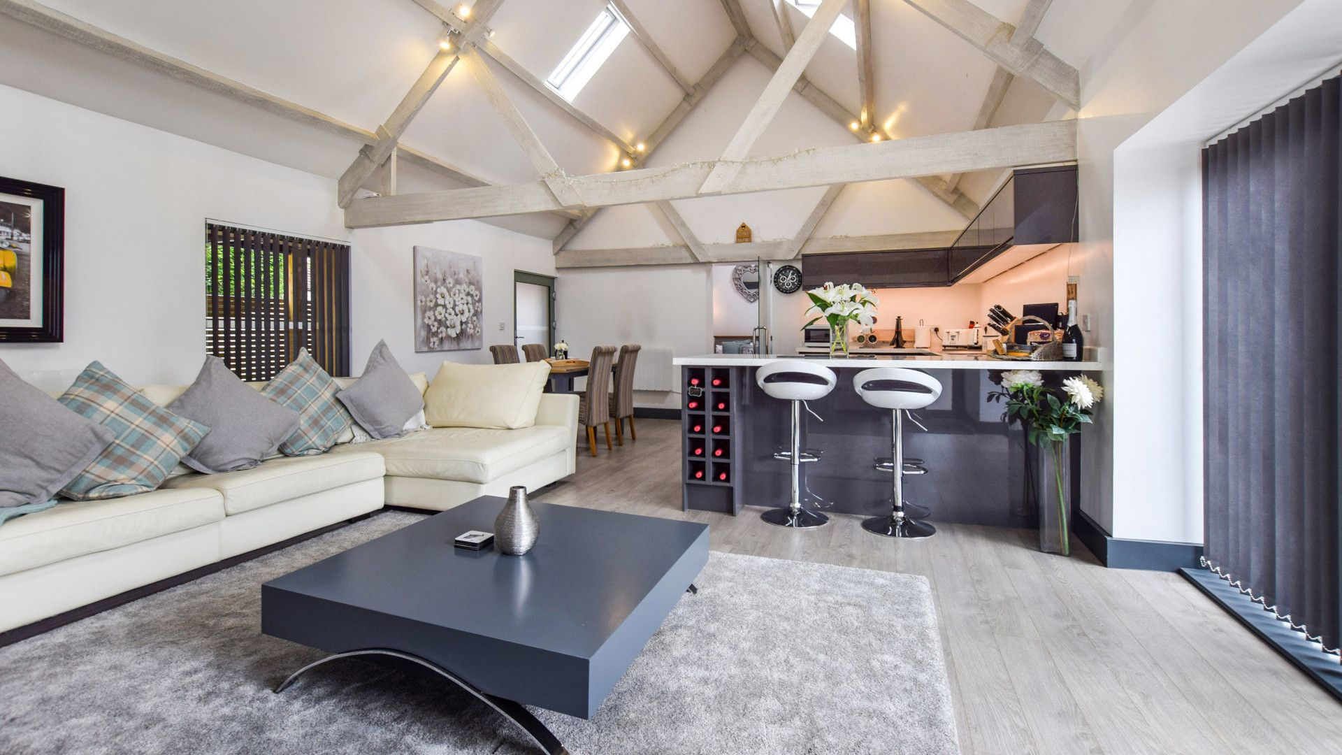 Open plan living-dining-kitchen area, Dovecote at Avon Farm, Bolthole Retreats