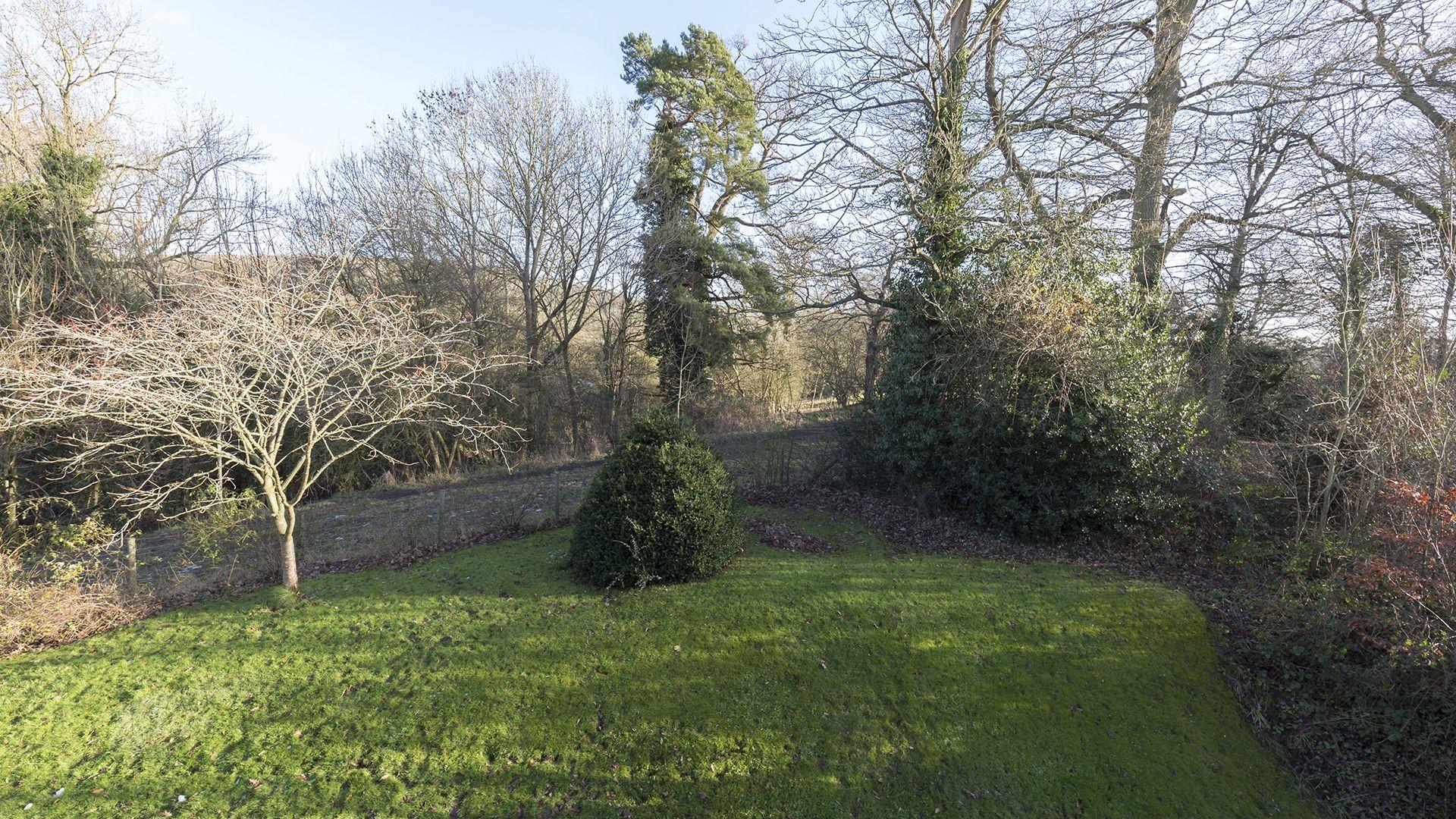 Charles I at Sudeley Castle, Bolthole Retreats