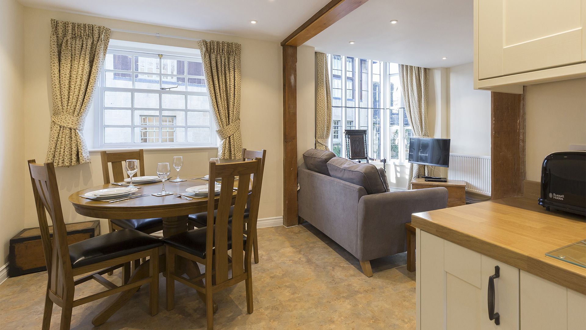 Open plan, kitchen, living, dining, Charles I at Sudeley Castle, Bolthole Retreats