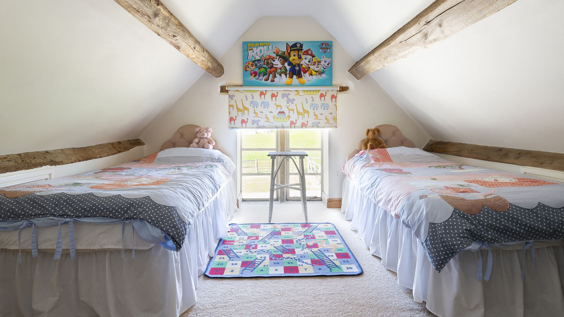 Bedroom 2, Twin, Field House Cottage, Bolthole Retreats