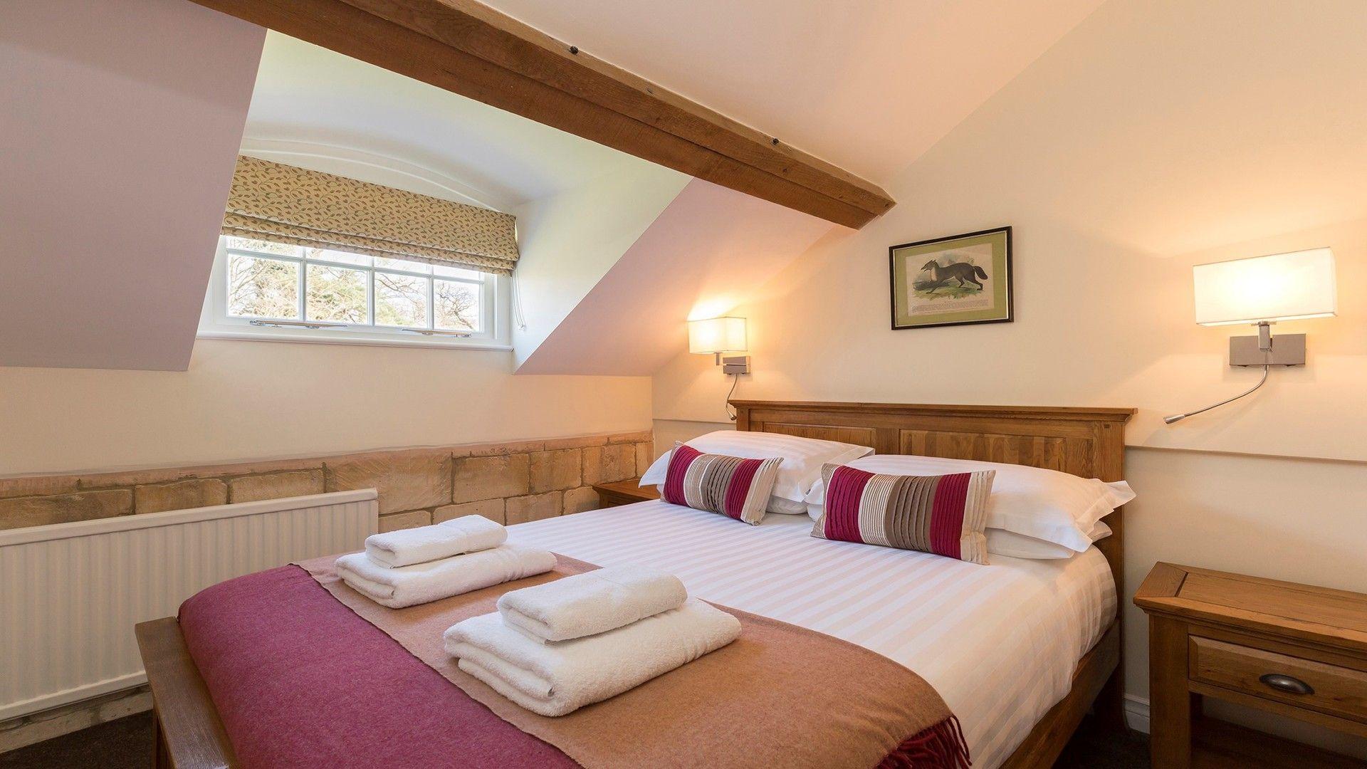 Double bedroom, George III, Bolthole Retreats