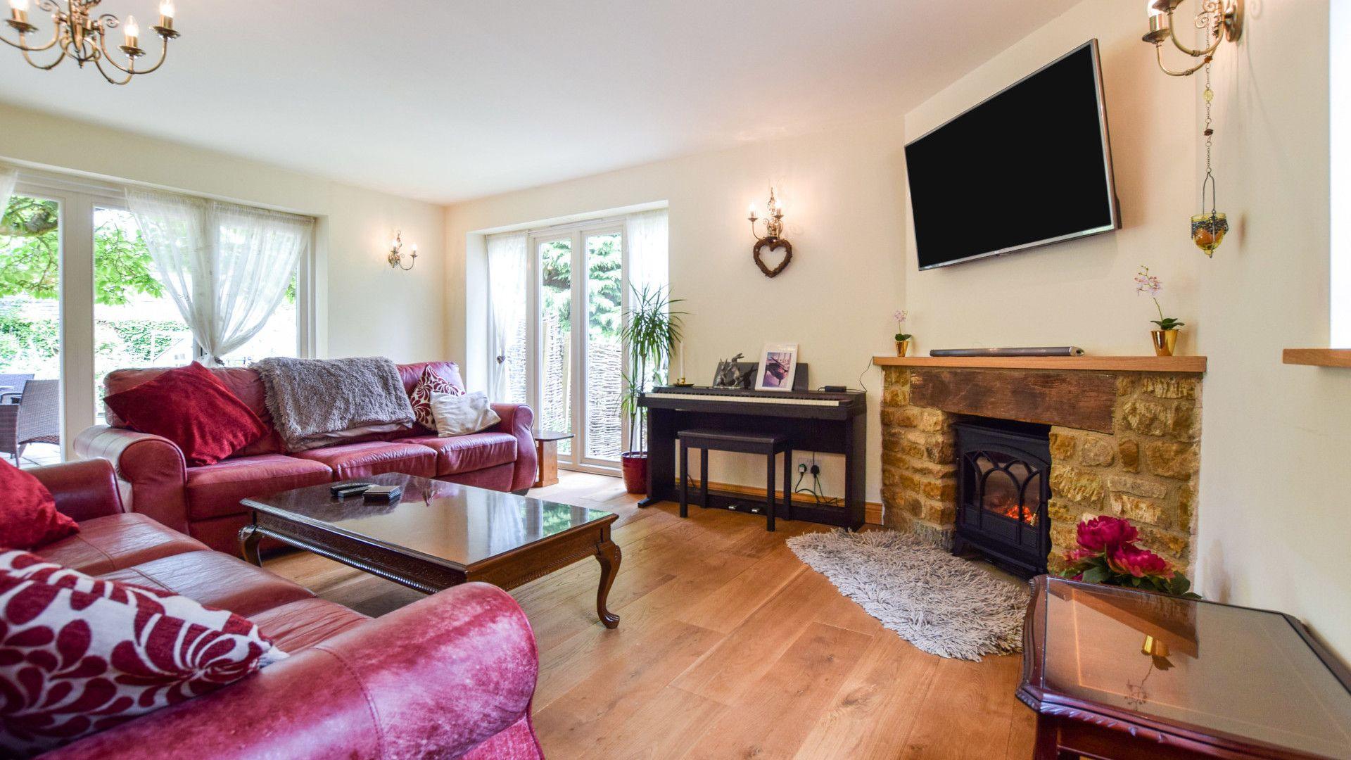 Living room, Gladstone Cottage, Bolthole Retreats