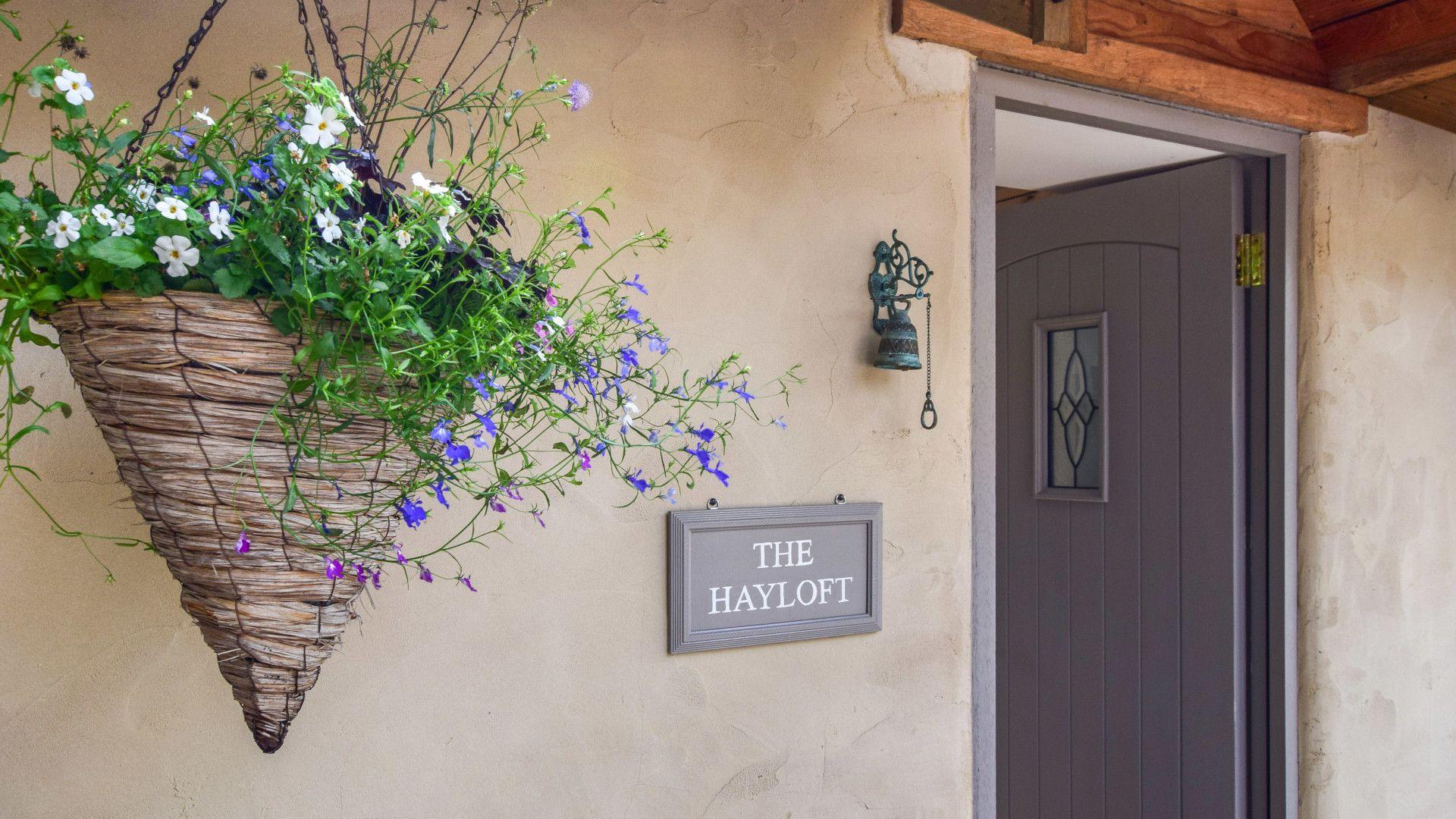 Hayloft at Walnut Farm, Bolthole Retreats
