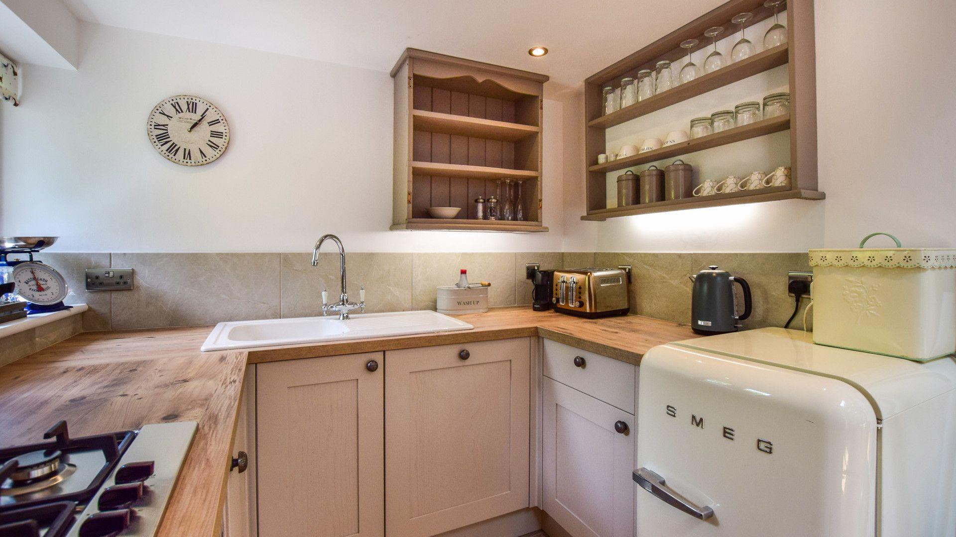 Kitchen, Hayloft at Walnut Farm, Bolthole Retreats