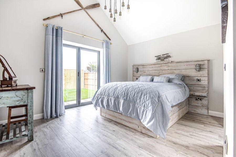 Olive's Cottage | Bedroom 1
