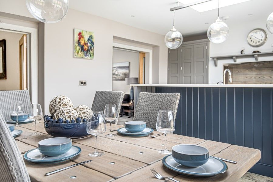 Olive's Cottage | Dining area