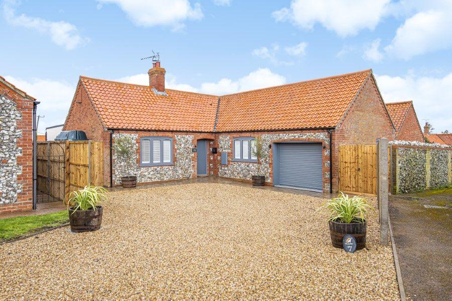 Olive's Cottage | Front