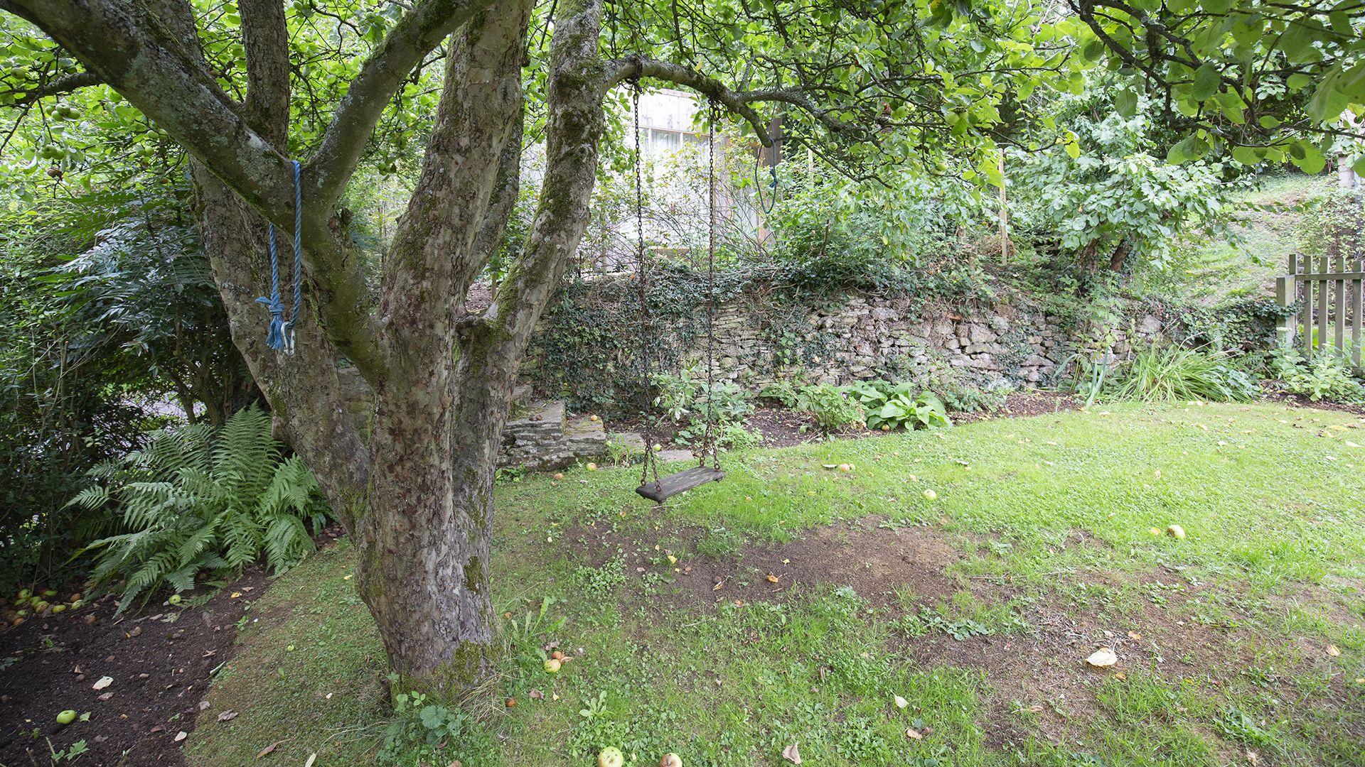 Garden, Hillside Cottage, Bolthole Retreats