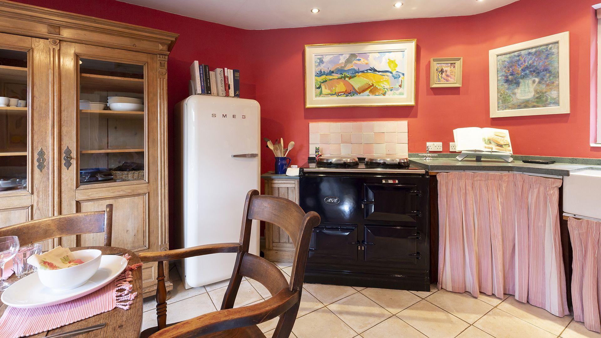 Kitchen, Hillside Cottage, Bolthole Retreats