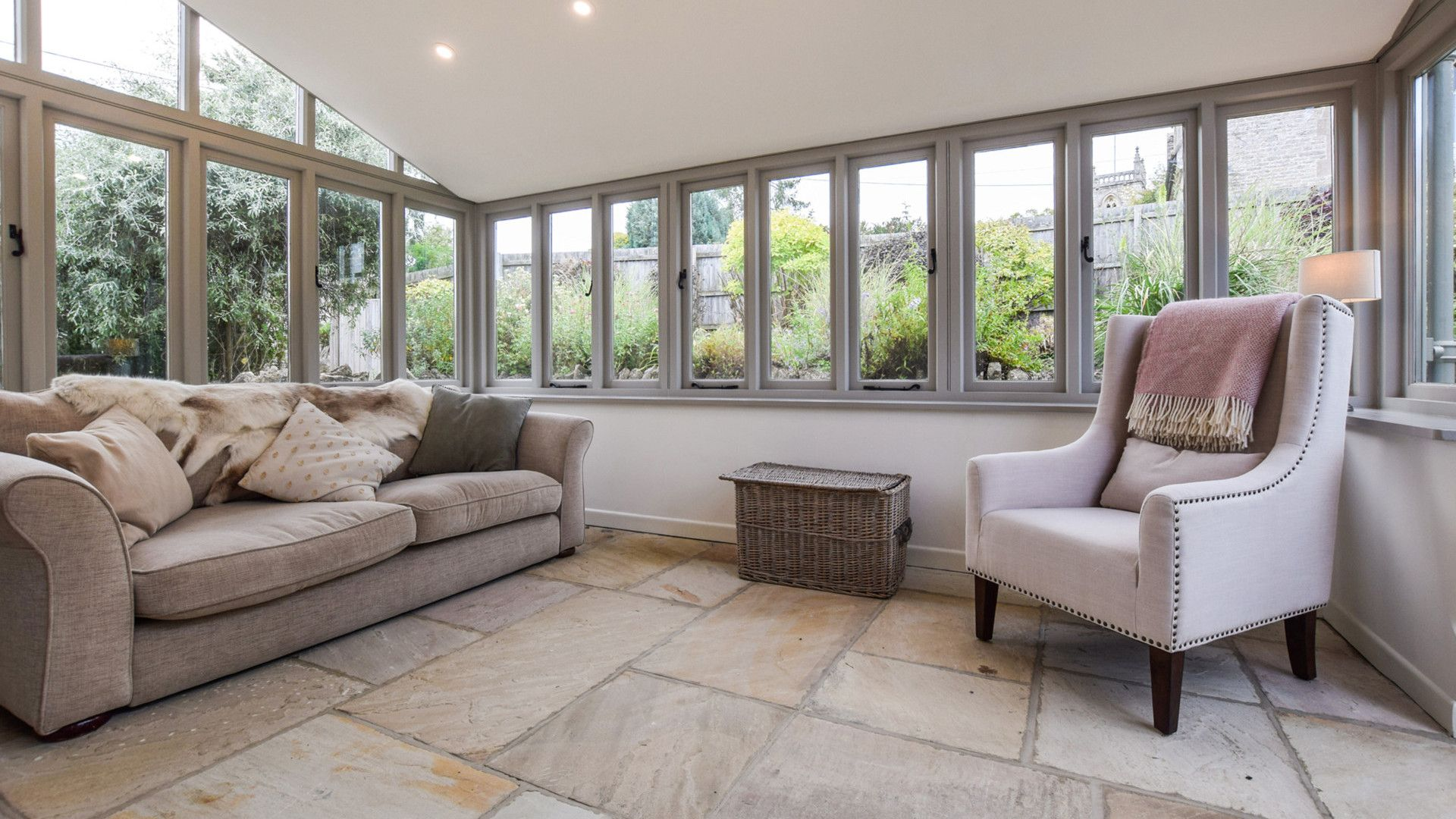 Garden room, Holly Cottage, Bolthole Retreats