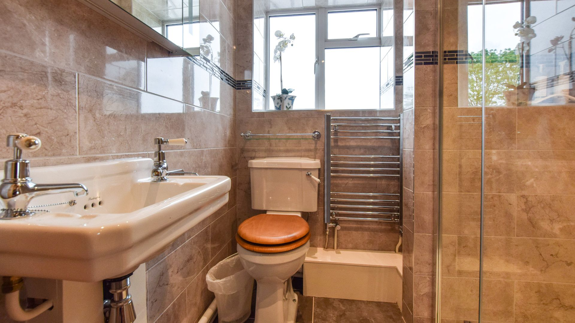 Family Shower room,  Hyde Tyning Cottage, Bolthole Retreats