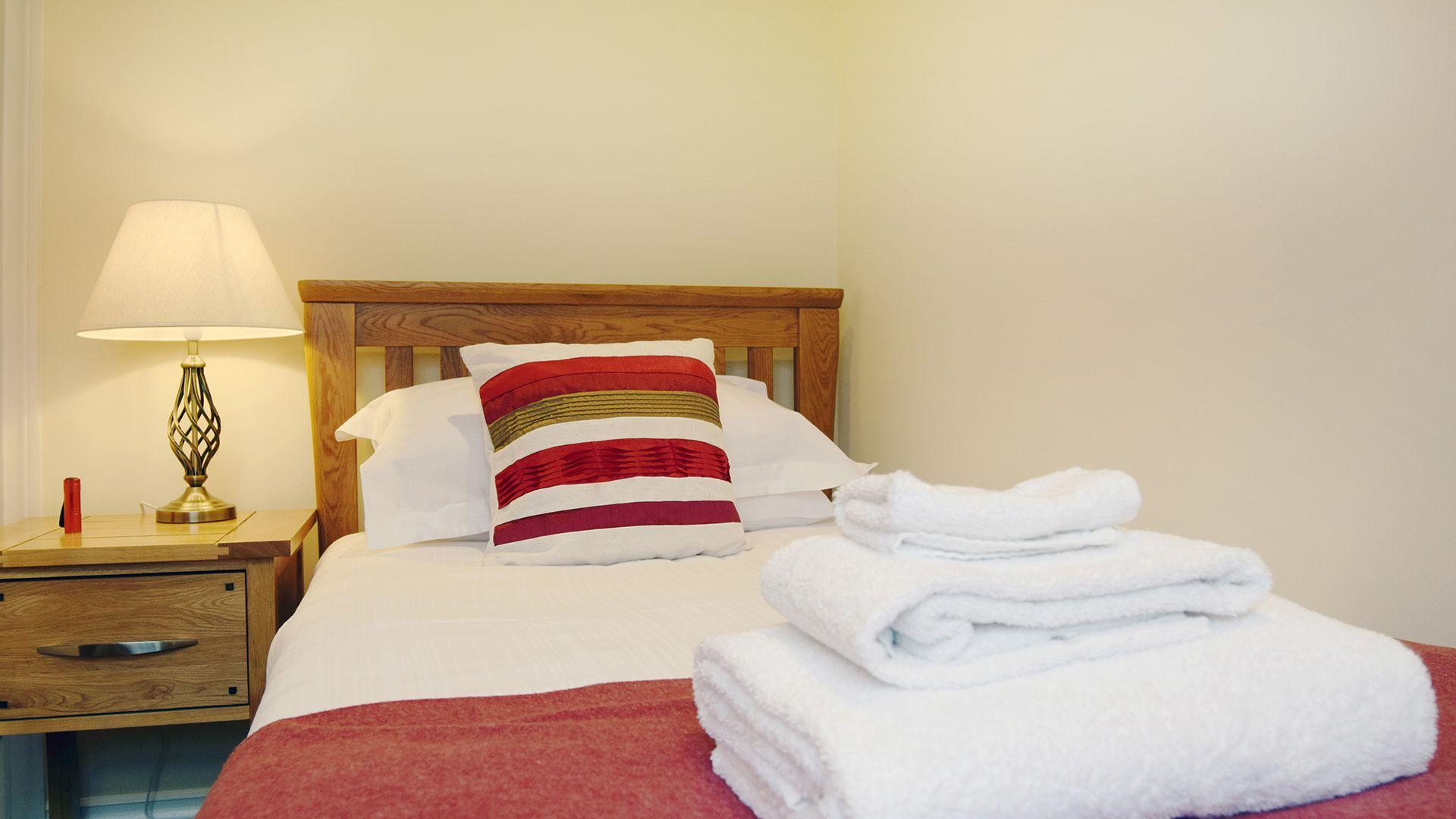 Single bedroom, Lady Jane Grey Cottage at Sudeley Castle, Bolthole Retreats