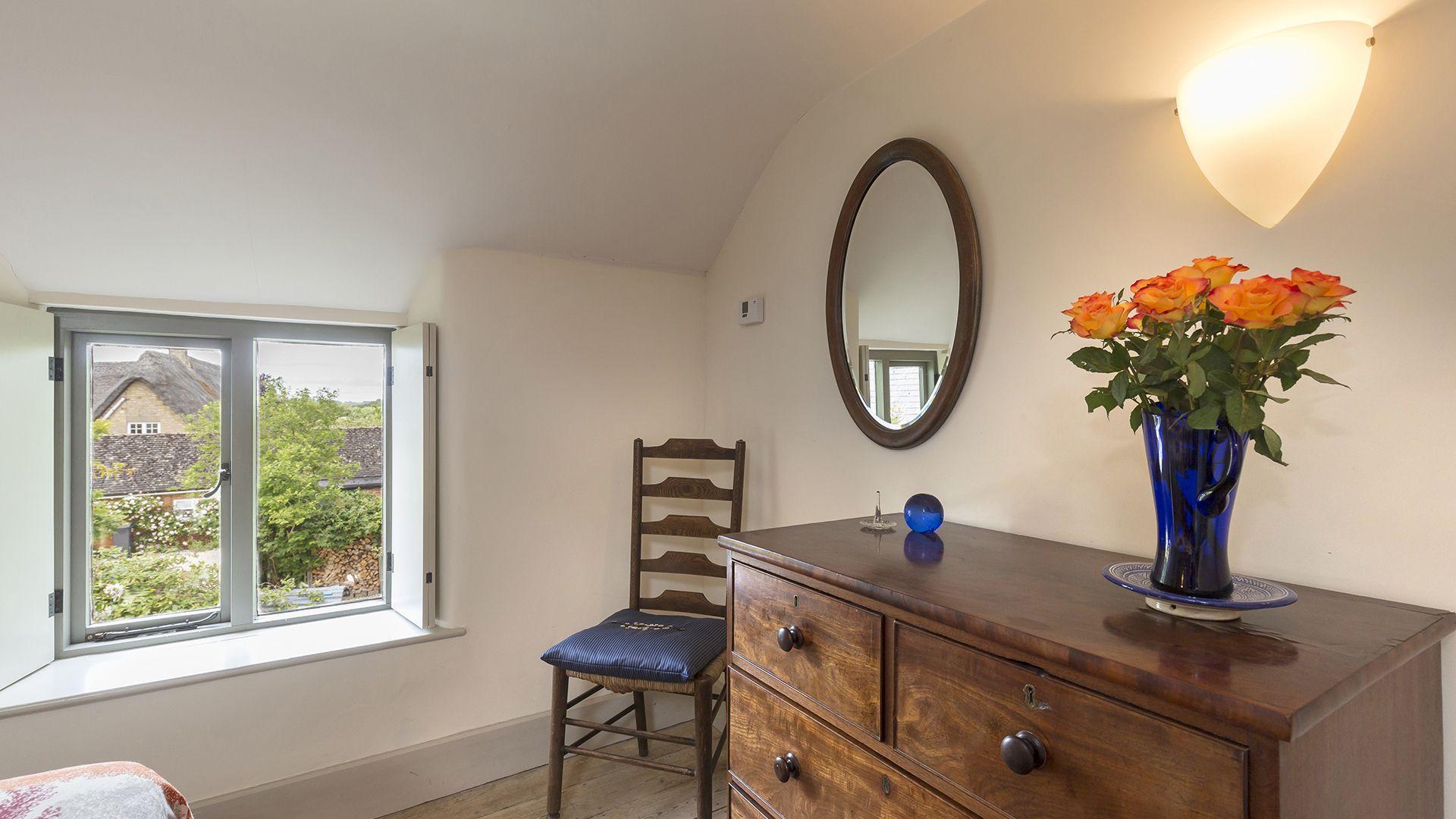 Bedroom, Five Bells Garden Cottage, Bolthole Retreats