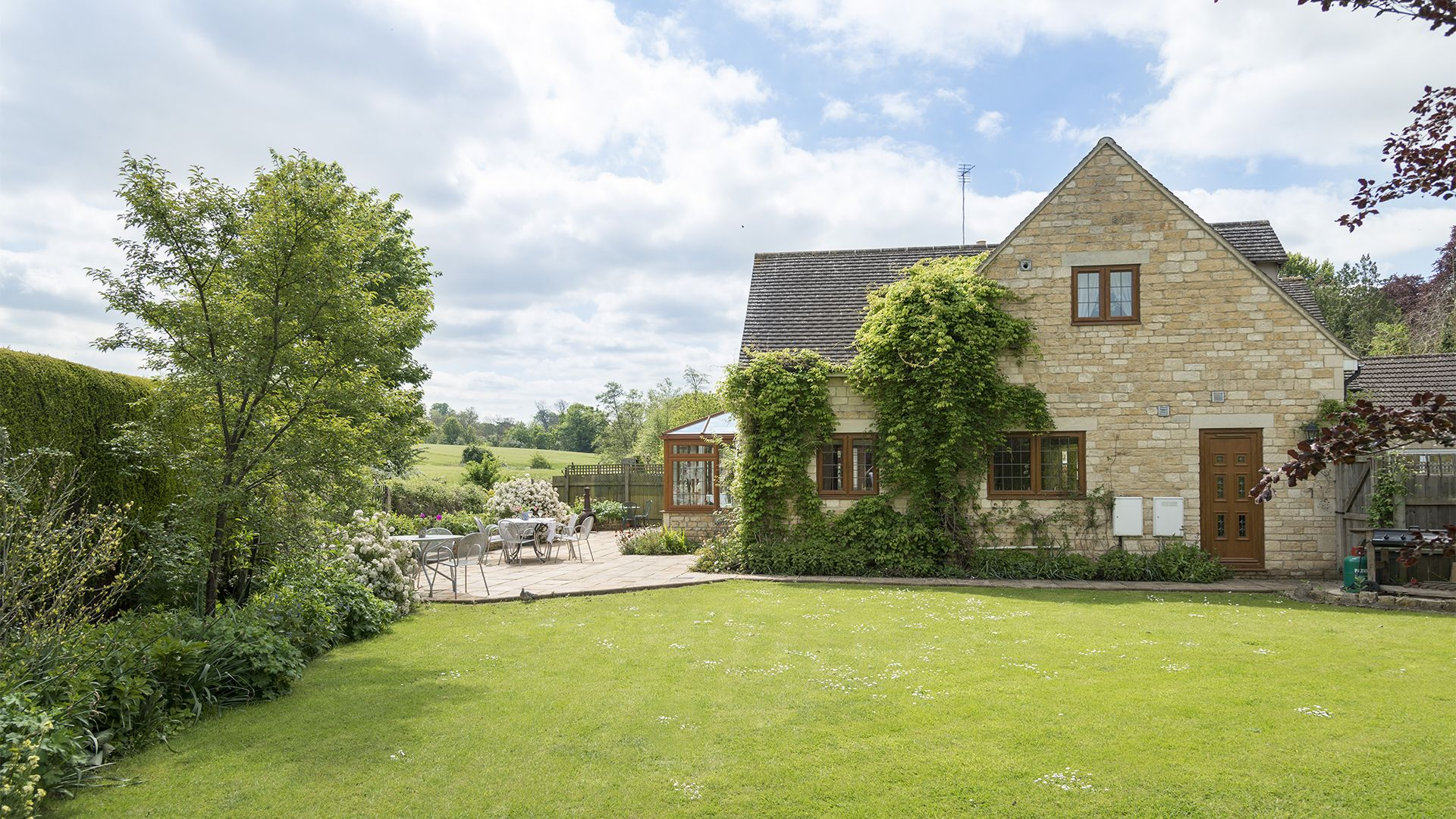 Garden, Kingfisher Cottage, Bolthole Retreats