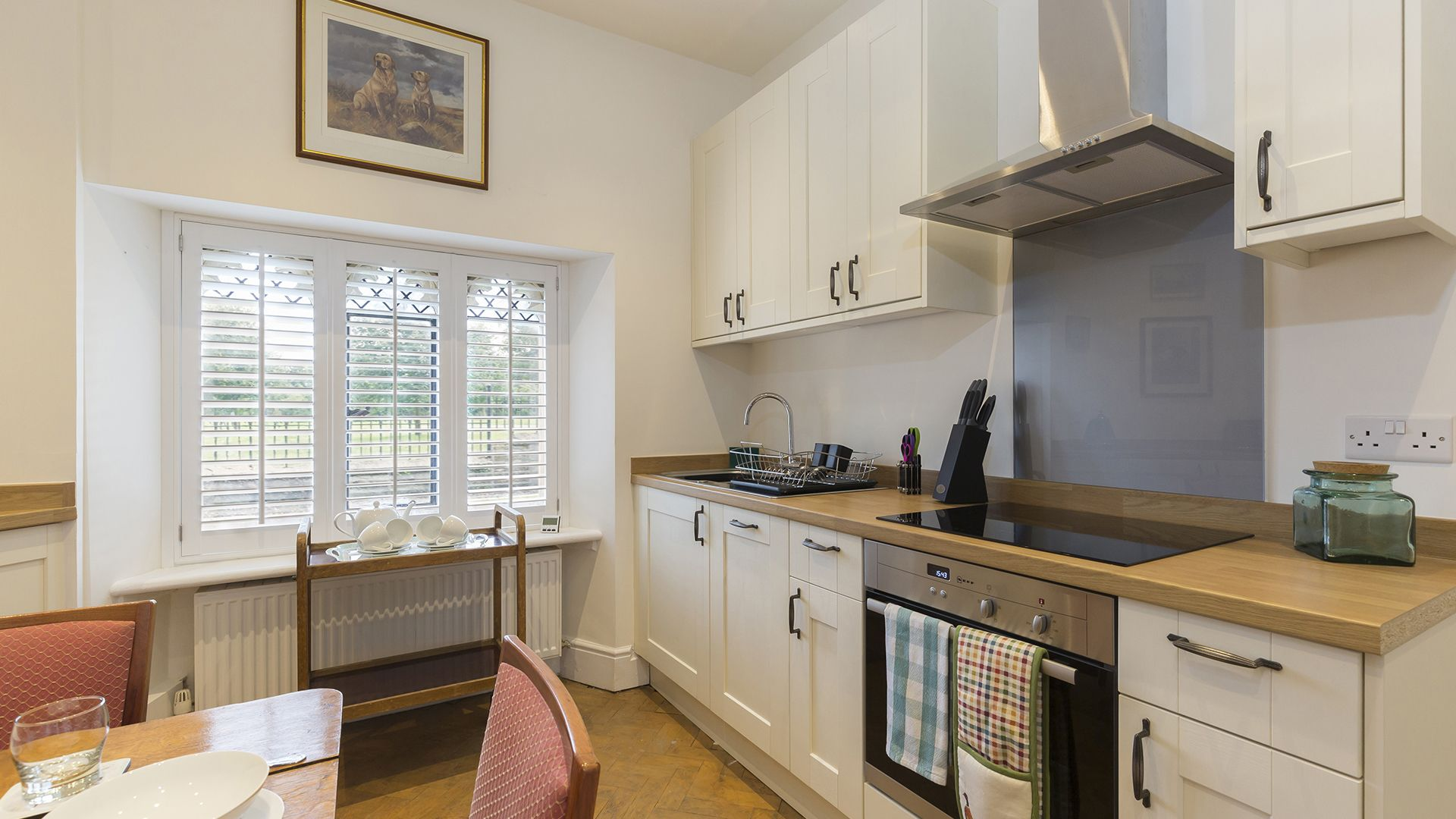 Kitchen, Castle Gatehouse at Sudeley Castle, Bolthole Retreats