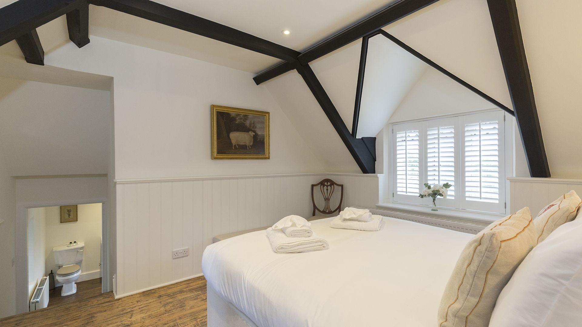 Bedroom 2, Castle Gatehouse at Sudeley Castle, Bolthole Retreats