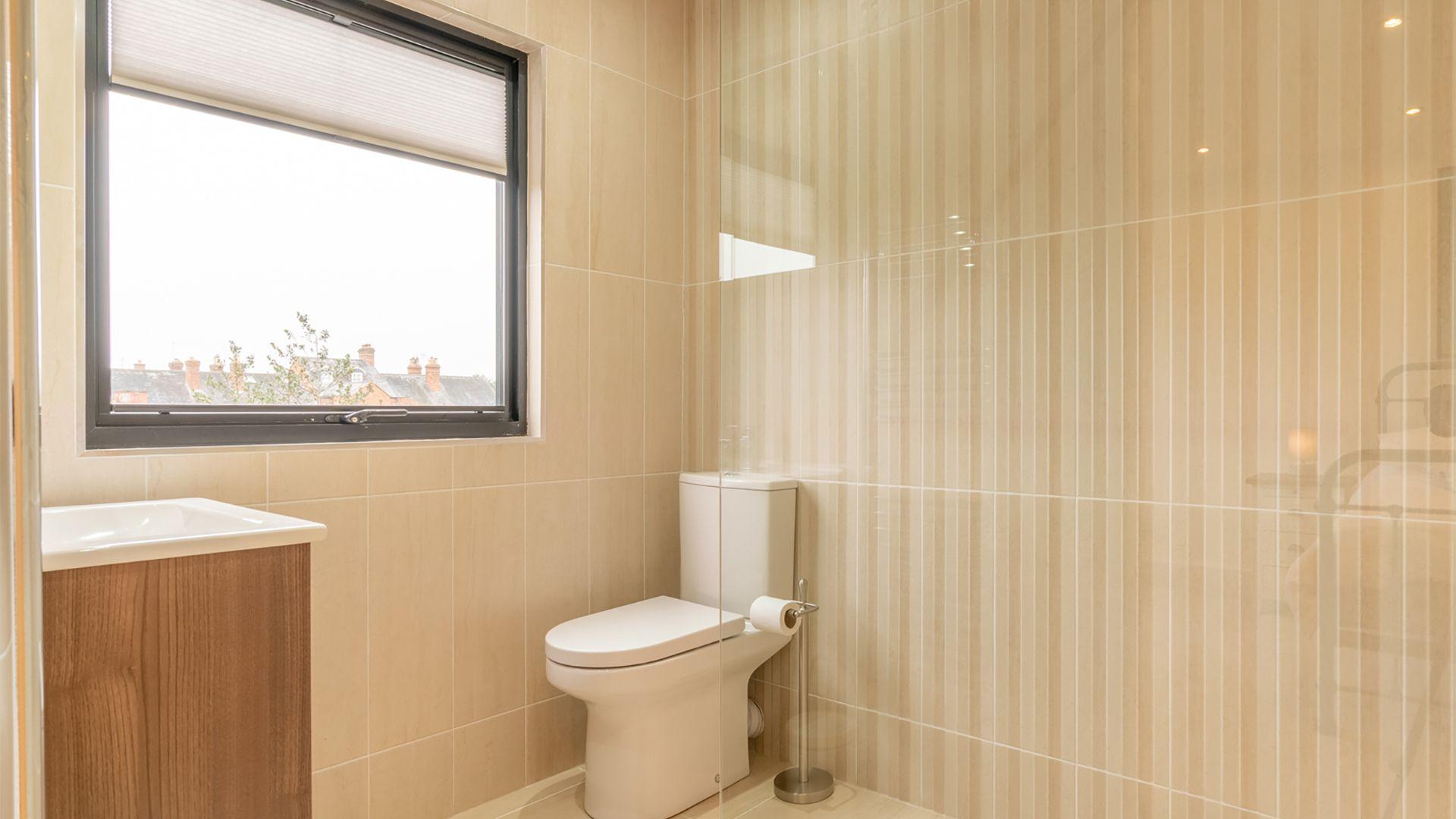 En-suite shower room, 33 Percy Street, Bolthole Retreats