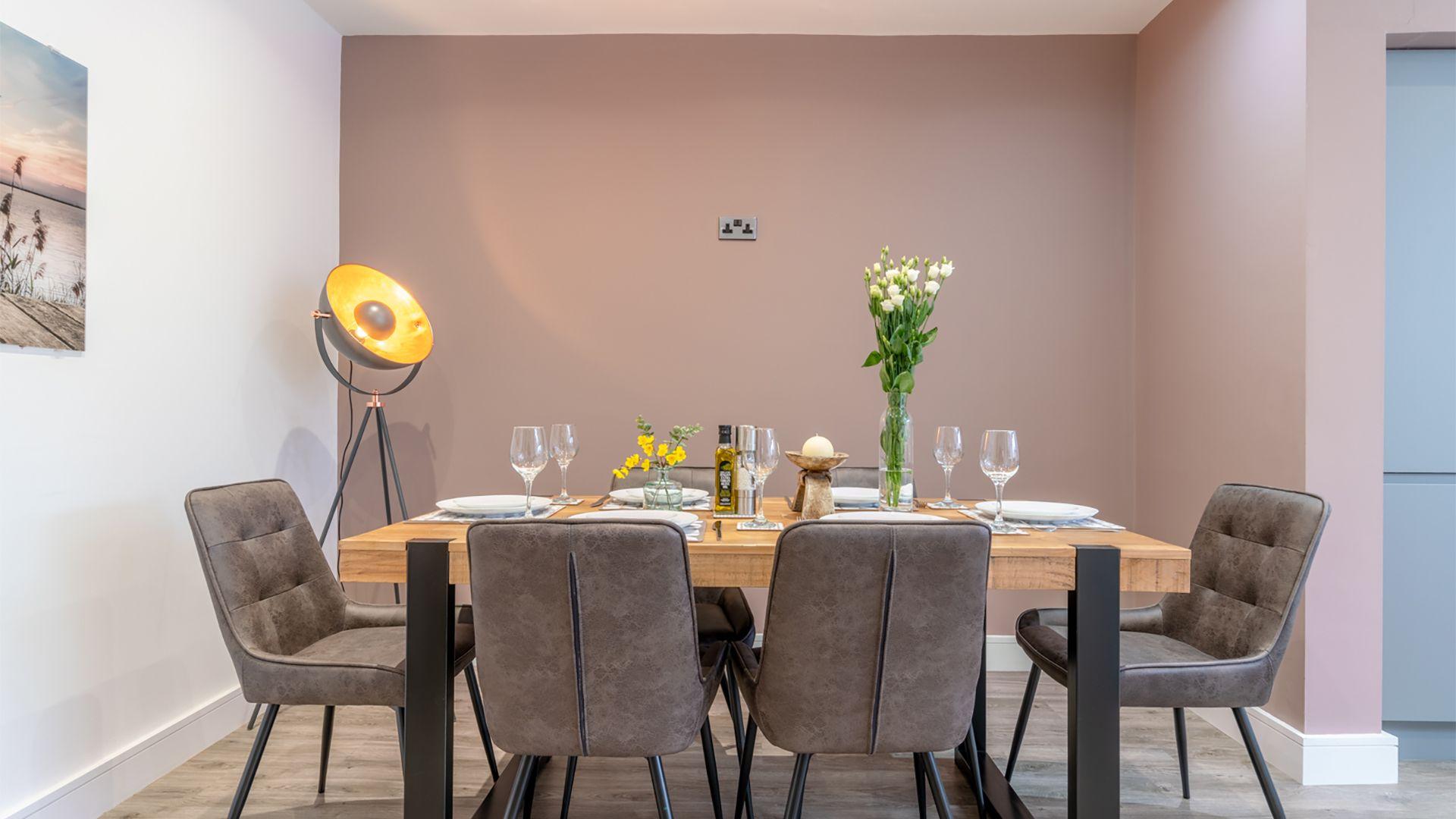 Dining area, 33 Percy Street, Bolthole Retreats
