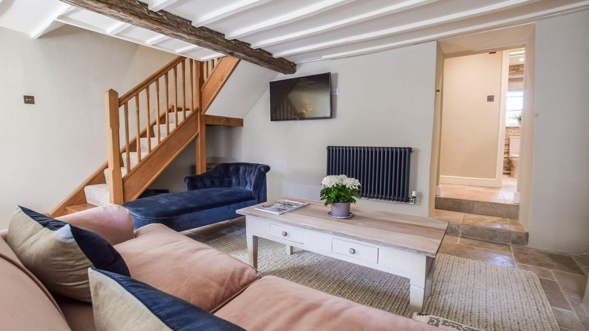 Snug with T.V, Lovell Cottage, Bolthole Retreats