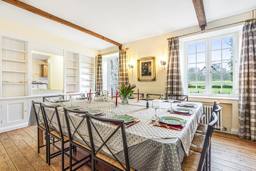Little Barwick   Dining room