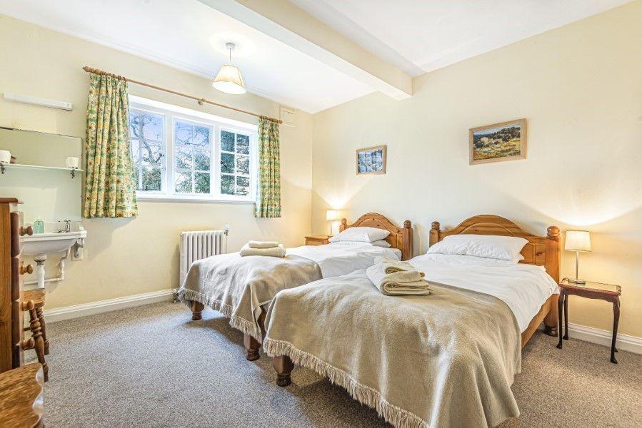 Little Barwick   Twin bedroom