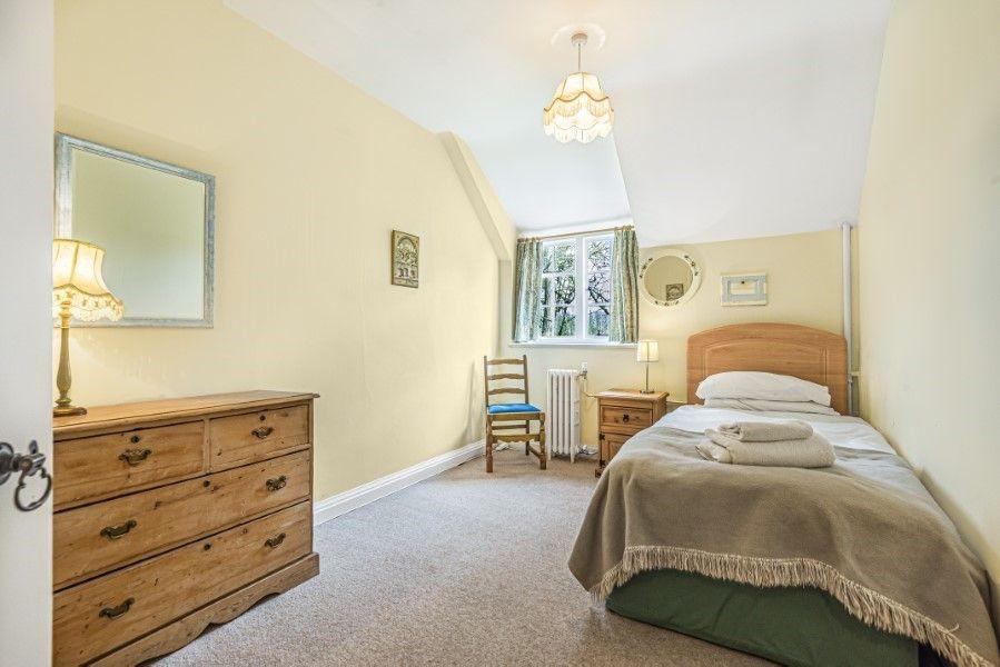 Little Barwick | Single bedroom