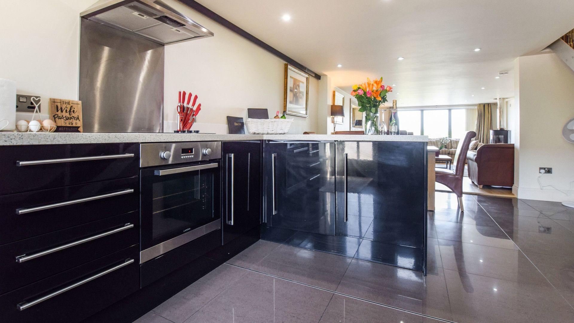 Kitchen, Meadow View at Avon Farm, Bolthole Retreats