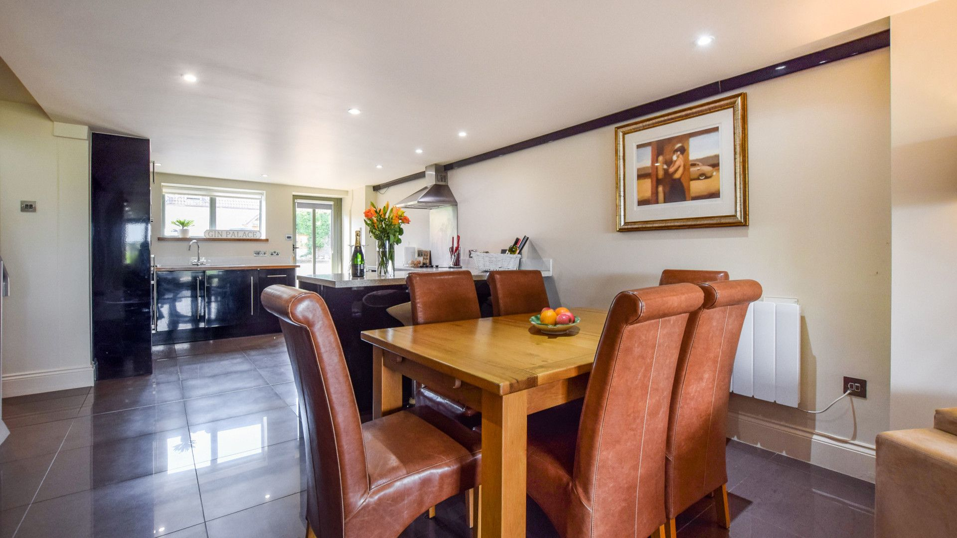 Dining area, Meadow View at Avon Farm, Bolthole Retreats