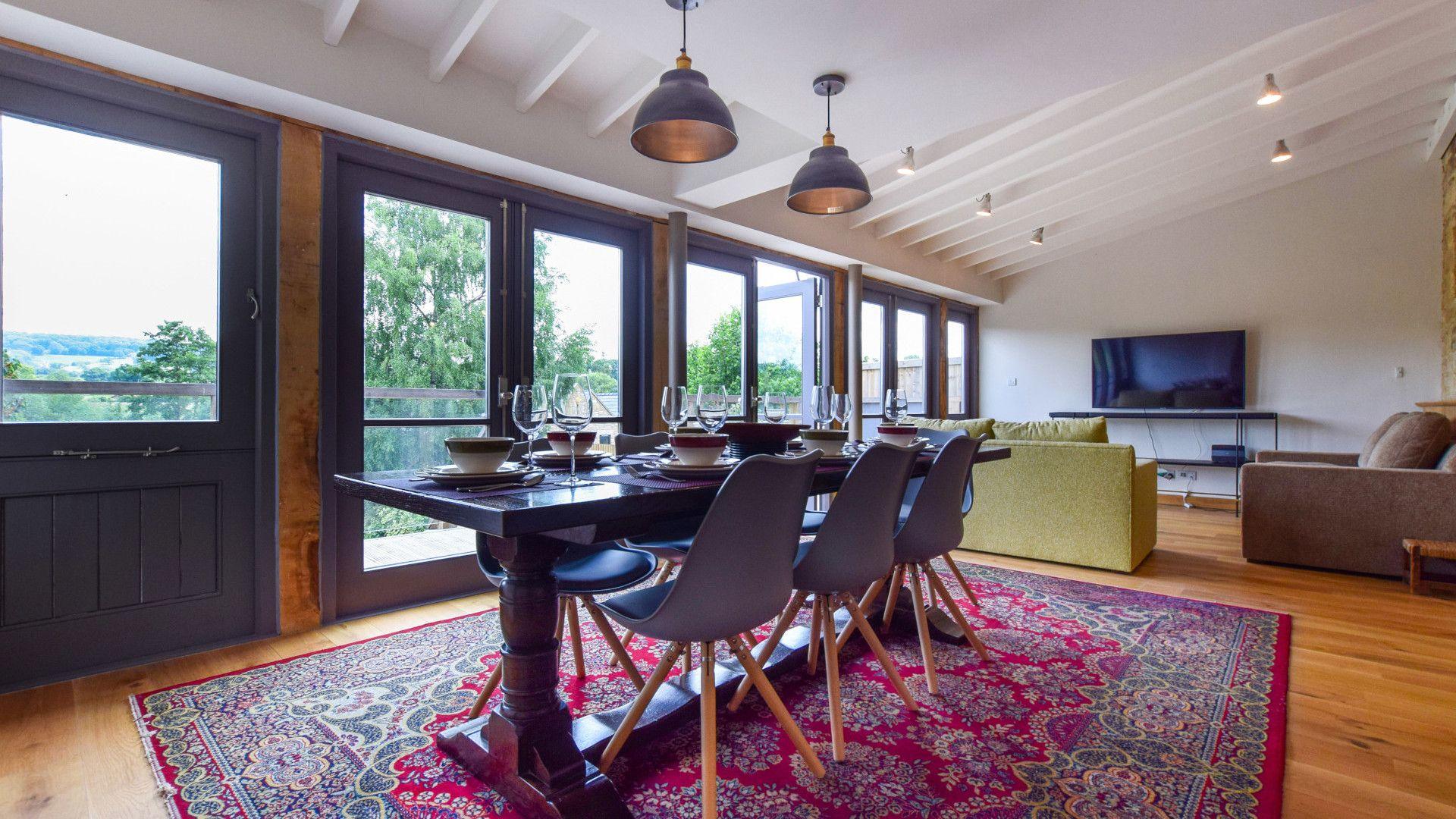 Dining area, Mercia House, Bolthole Retreats