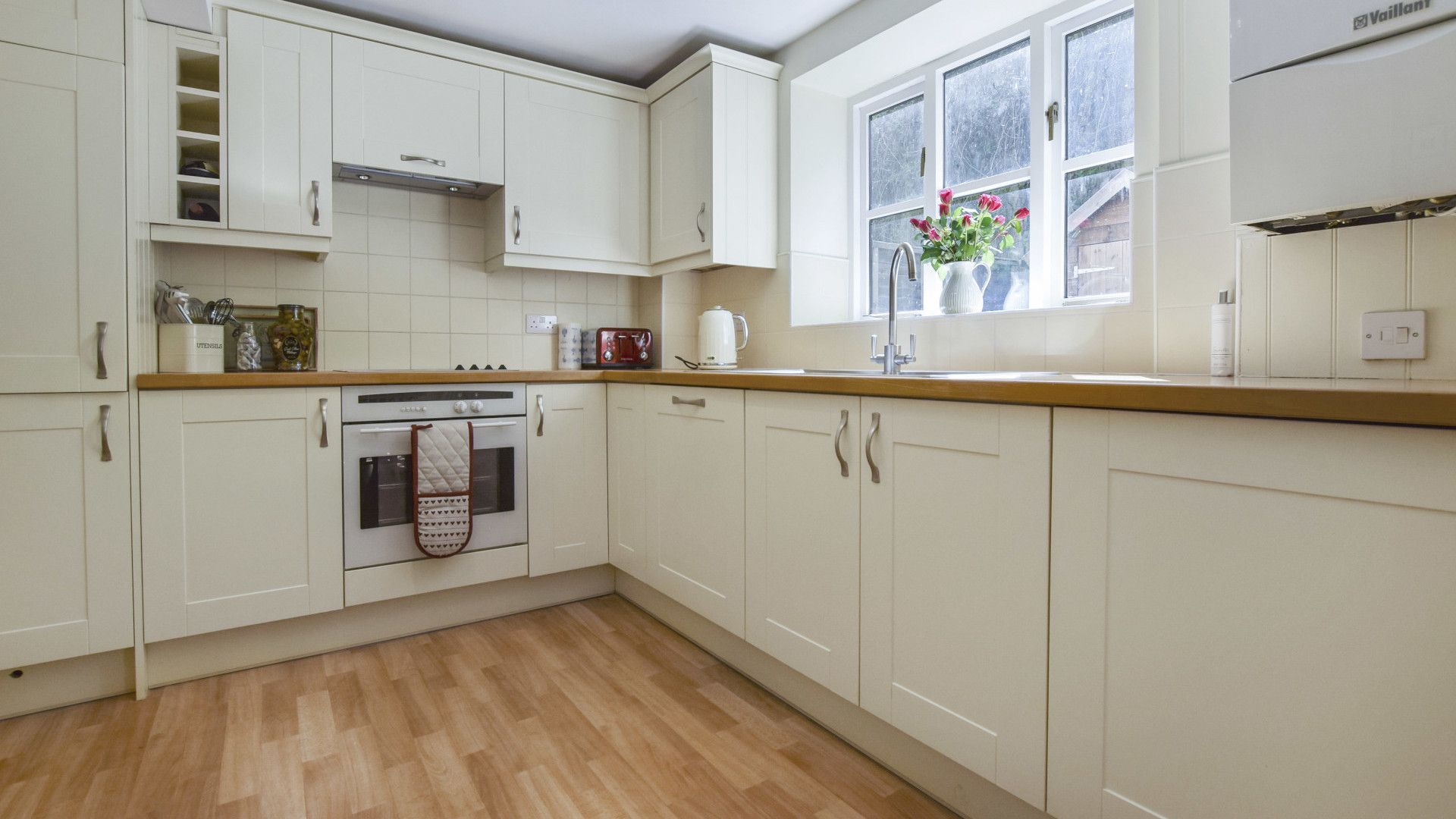 Kitchen, Old Stables, Bolthole Retreats
