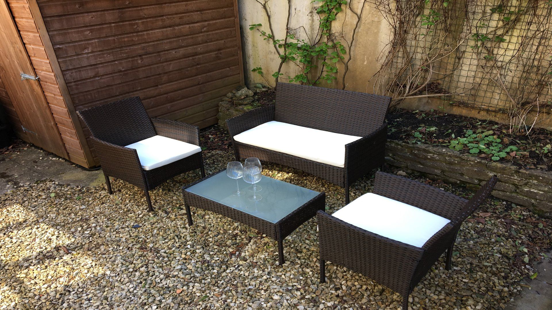 Garden seating, Old Stables, Bolthole Retreats